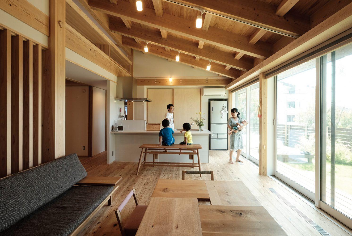 自然へと開かれたMOOK HOUSE