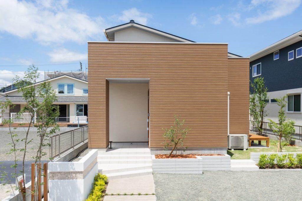 シュプレーム中郷モデルハウス 2階建 4LDK